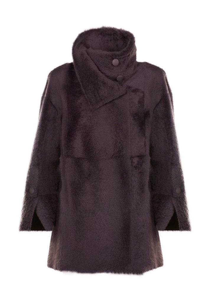 Woman coffee-coloured shearling jacket