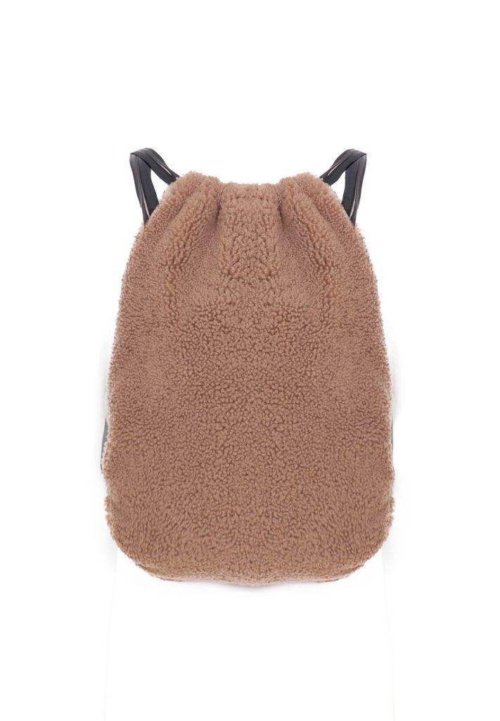 Camel-coloured shearling backpack